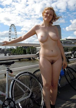 Young Russian exhibitionist and a..