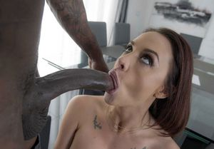 Chanel Preston take in the head, big..