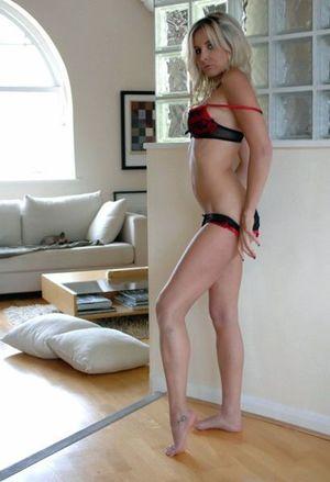 Young girlfriend flashing panties in..