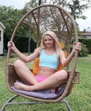 Little blonde teen Riley Star asked -..