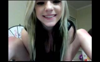 American teen cumming on webcam