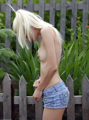 Skinny blonde with tiny breasts takes..