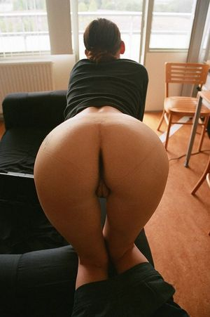 Hot women taking self butt and vaginal..