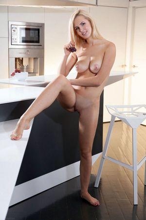 18 yo girls with amazing young tits..